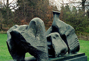 Henry Moore - Three Piece Reclining fig..