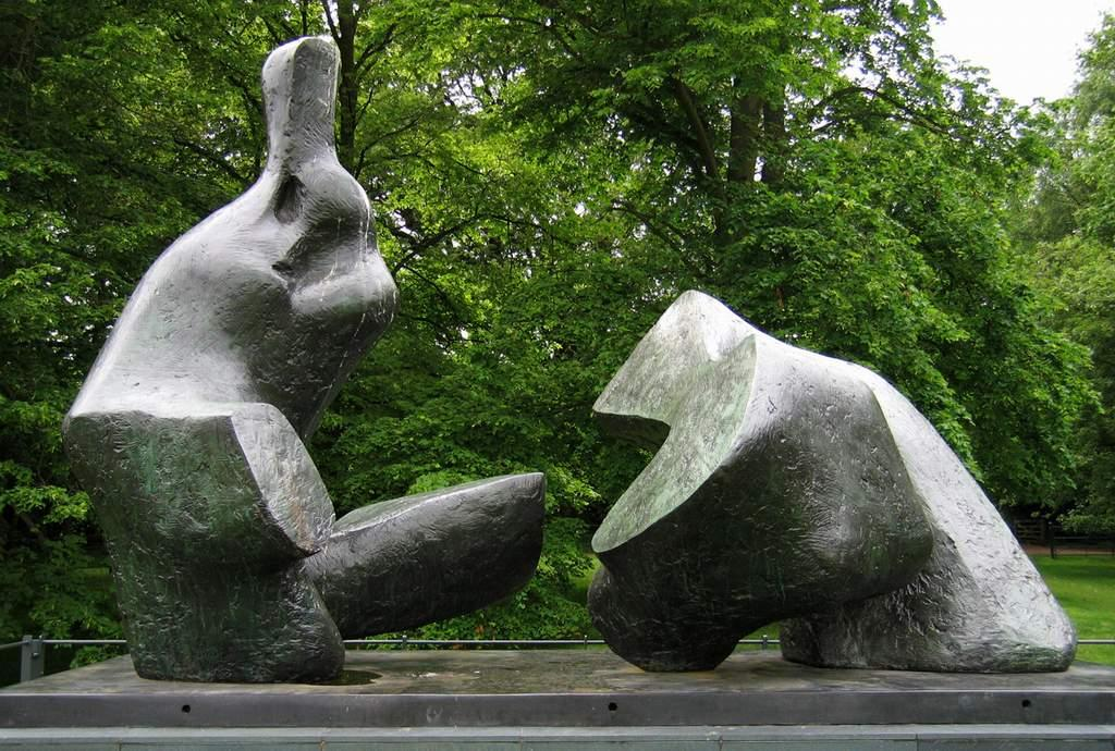 Two Piece Reclining Figure No. 5, Sculpture by Henry Moore (1898-1986, United Kingdom)