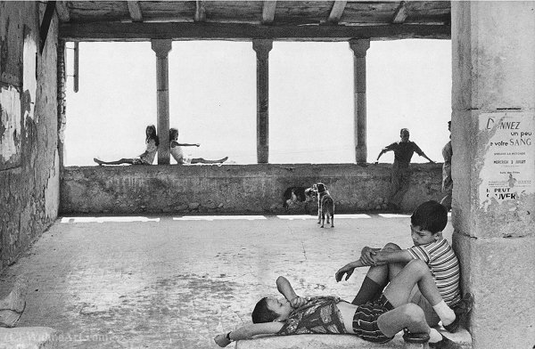 Simiane la rotonde 1970 by Henri Cartier-Bresson (1908-2004, France)