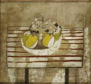 Ben Nicholson - 1926 (still life with fruit – version 2)